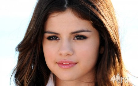 Selena Gomez от Djessie Ju для Симс 3 в формате sims3pack